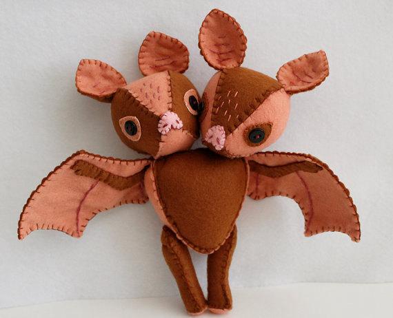 双头蝙蝠玩具