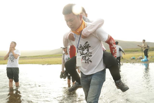国内口碑比较好的草原夏令营——全国青少年穿越赛呼伦贝尔草原站