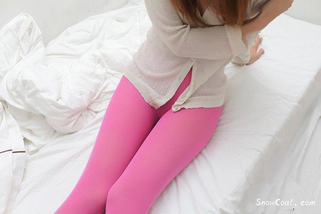 粉色丝袜,性感少妇的美腿诱惑,粉色丝袜性感美腿