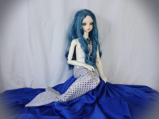 美人鱼娃娃装扮