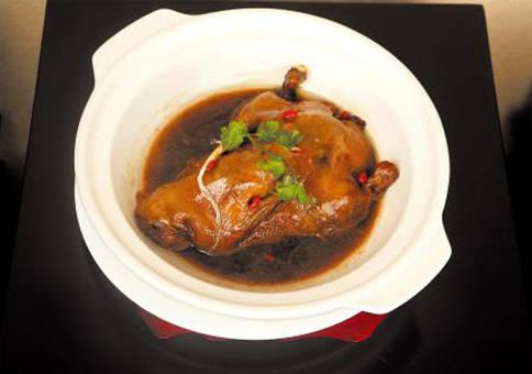 砂锅鸭:美味看的见