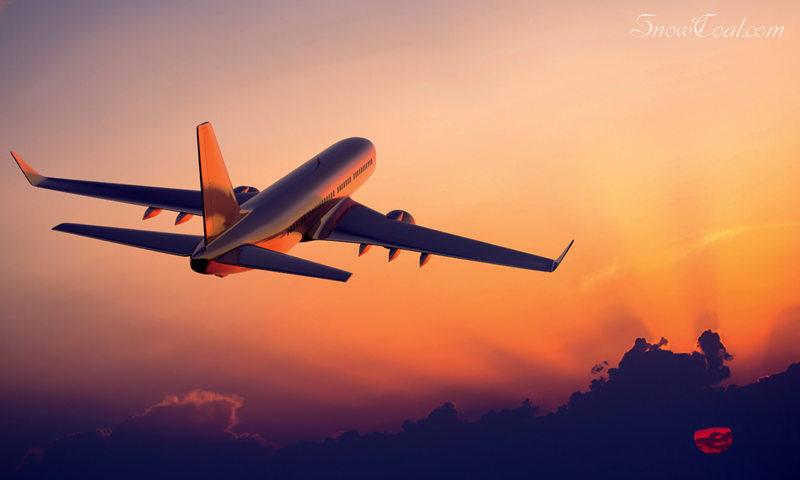 当飞机掠过晨曦,军事飞机晨曦