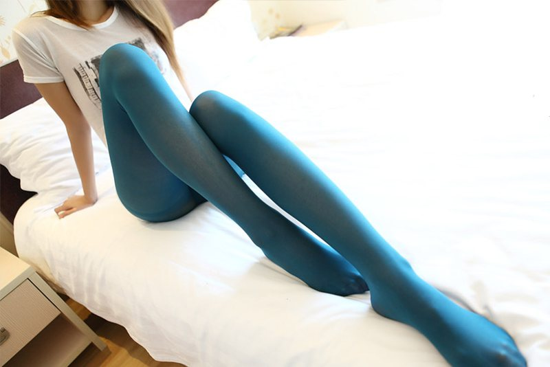 蓝色丝袜美腿欣赏